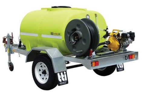 Fire fighting water trailer single axle with fire hose reel and fire hose